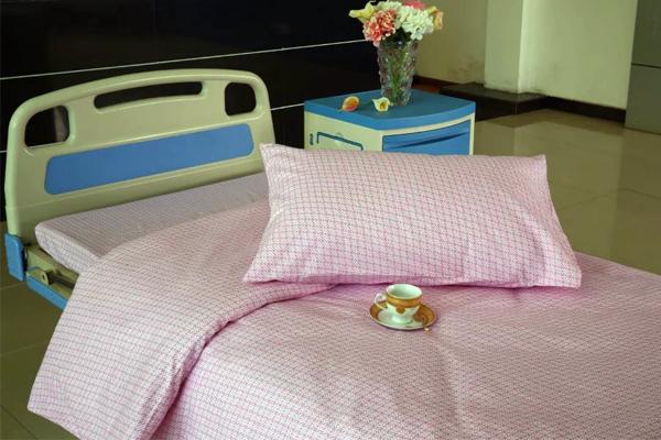 E10 lyserød vindmølle bomuld hospitalsseng ark