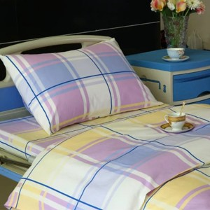 E11 Cotton Hospital Bed Linen Big Checks