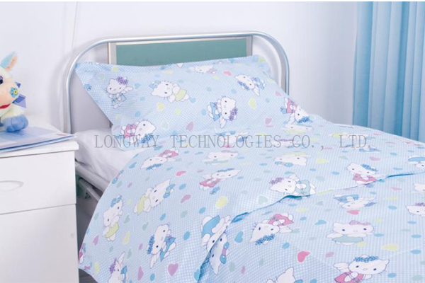 Y18 Paediatric bed linen Hello Kitty